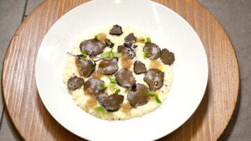 Risotto al Grana Padano con tartufo scorzone e caviale al tartufo bianco