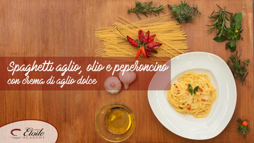 Spaghetti Aglio, Olio e Peperoncino con crema di Aglio. Ingredienti